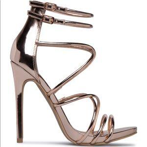 NWOT Rose Gold Metallic Aneyda Shoe Dazzle Heels